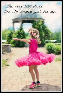 little-girl-twirling-773023_1280